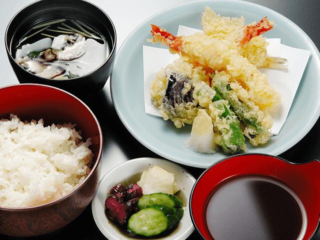天ぷら定食 920円