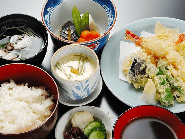 天ぷら定食(上)